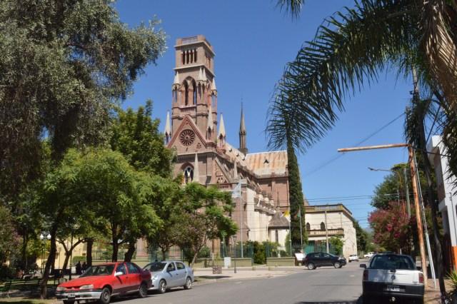 foto-1-despues-actual-iglesia-de-villa-allende