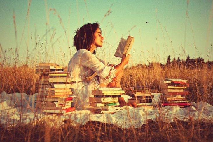 Mujeres en la vida y la literatura 8