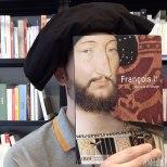 Furor por los empleados de una librería que juegan con las fotos de portada de los libros-9n