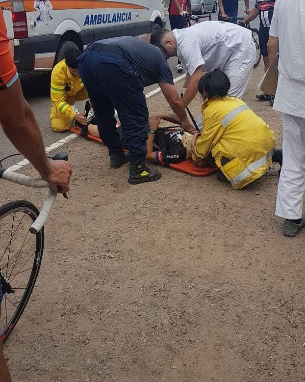 Accidente entre ciclistas, también sobre la  ruta E-53 2