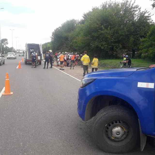 Accidente entre ciclistas, también sobre la  ruta E-53 1