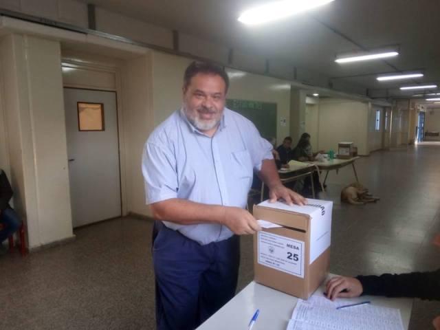 """José Luis Pereyra: """"Nos fue bien, entre las tres escuelas disponibles para votar no hubo grandes inconvenientes"""" 1"""
