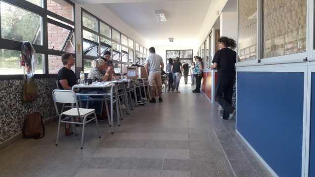 Se desarrolla con normalidad la Elección Municipal en Mendiolaza 2
