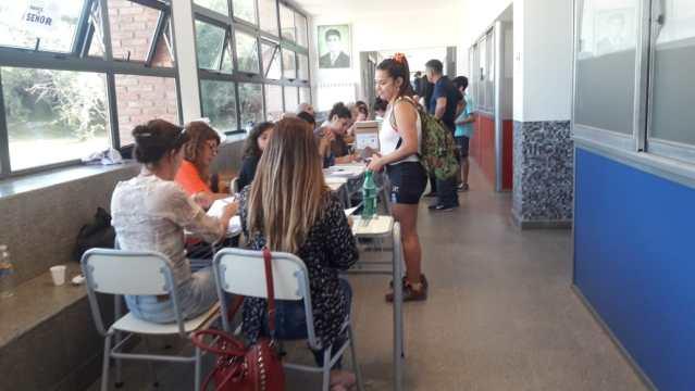 Se desarrolla con normalidad la Elección Municipal en Mendiolaza 1