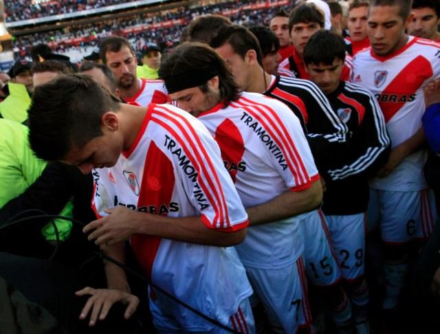 LA FOTO DEL DÍA: hace 8 años River Plate descendía a la B Nacional 24