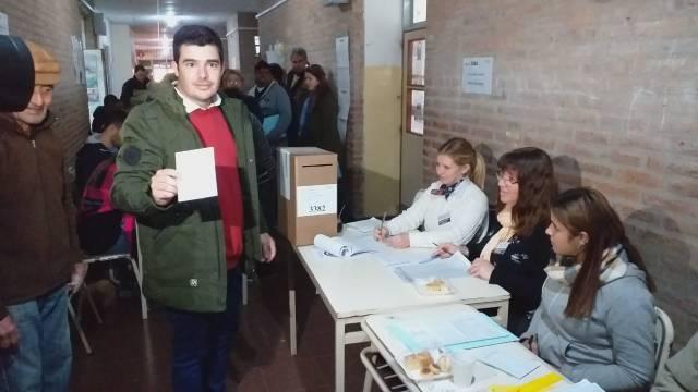 La UCR festeja: Picat, es el intendente electo de Jesús María 13