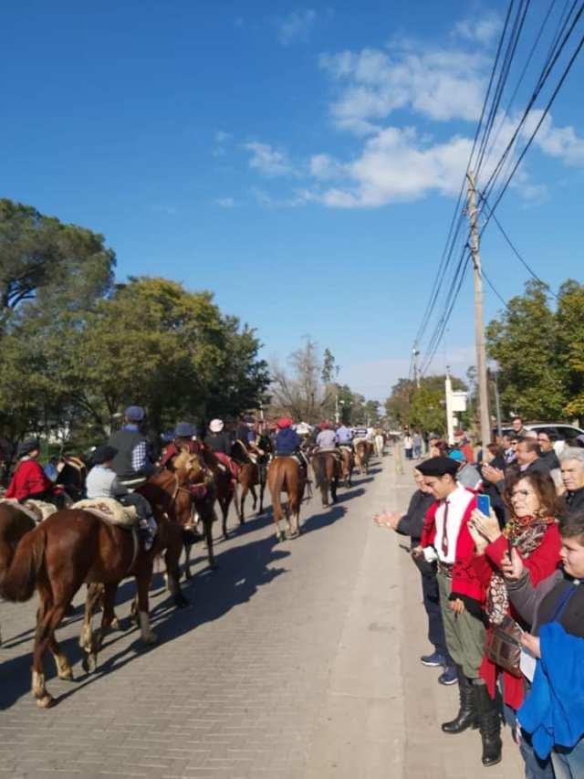 Emocionante inicio de las Fiestas Patronales en Villa Allende 21