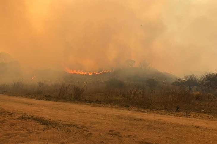 Estaría contenido el incendio en La Granja 5
