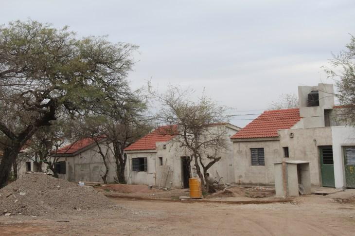 15F: Casas en espera y familias sin respuestas 1