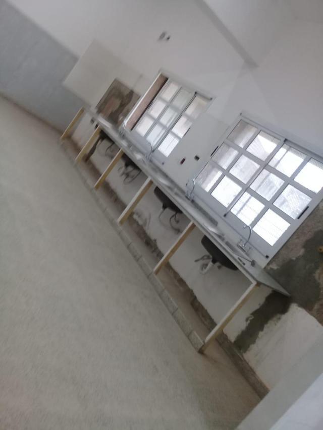 Colegio Morzone: continúa el reclamo por la entrega del nuevo edificio 17