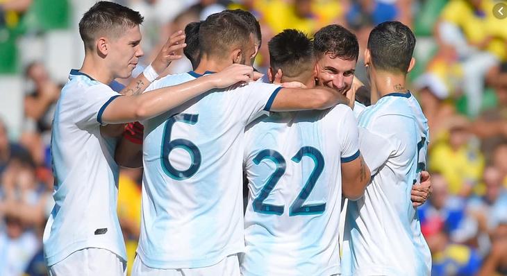 Argentina goleó a Ecuador 3