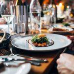 Empresarios gastronómicos y hoteleros de Córdoba preocupados por el proyecto de alcoholemia cero