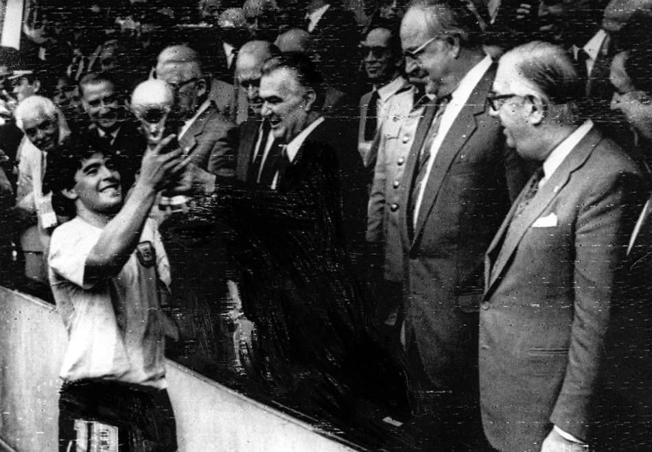 Buenos Aires: Fotografía de archivo de julio del 1986 de Diego Armando Maradona, quien cumple 60 años mañana.Foto: Archivo/Télam/cbri 29102020