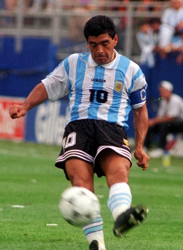 Buenos Aires: Fotografía de archivo de 1994 de Diego Armando Maradona, quien cumple 60 años mañana.  Foto: Claudio Fanchi/Télam/cbri 29102020