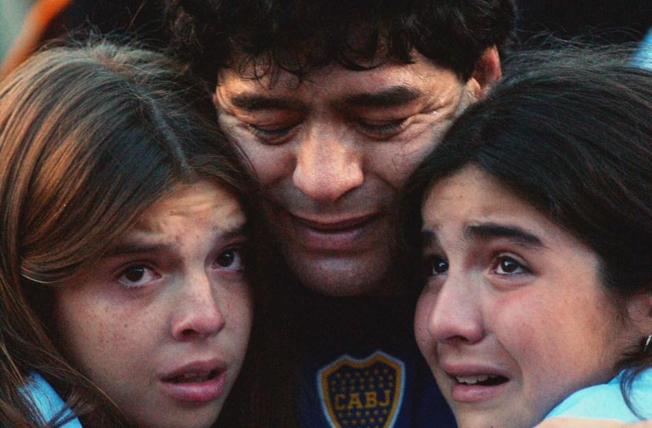 Buenos Aires: Fotografía de archivo del 10/11/2001 de Diego Armando Maradona quien cumple 60 años mañana. Foto: Claudio Fanchi/Télam/cbri 29102020