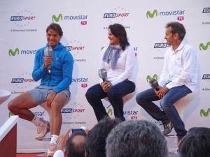 Rafa Nadal charla con Conchita Martínez y Jordi Arrese.