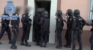 Policía Nacional Vivienda Carabanchel Banda Latina