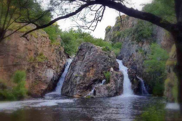 ruta senderismo cascada hervidero