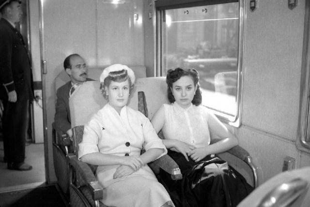 mujeres tren siglo XIX
