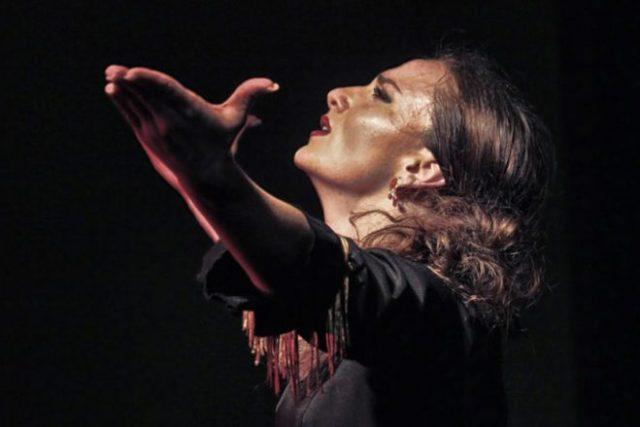 Artista Carmen Talegona concurso flamenco sala berlanga