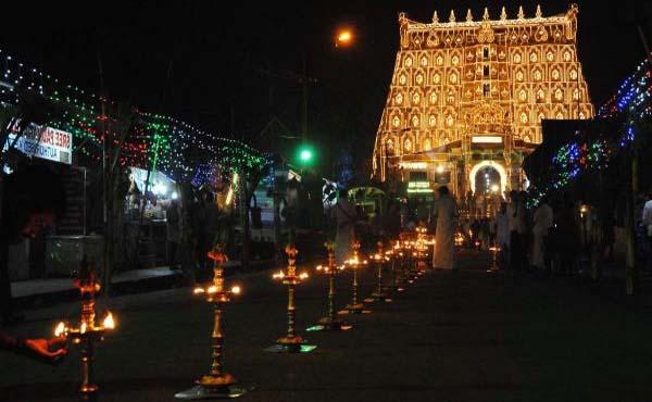 sree padmanabhaswamy templo la ultima-puerta