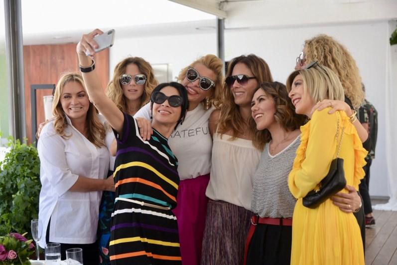 Rosaura Henkel, Zarina a Rivera, Celina del Villar, Beatriz Pasquel, Erika Basave, Raquel Orozco, Zarina Rivera y Edith González