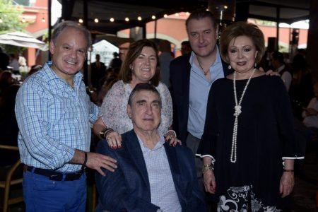 Angel Abarrategui, Madatxu Abarrategui, Gregorio Blasco, Gregorio Blasco Jr., y, Mayi de Blasco