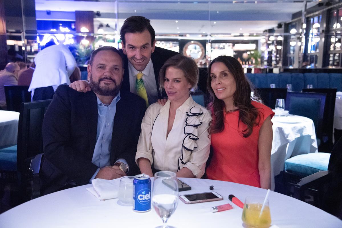 Mario Vazquez, Óscar Alarcón, Inge Bador, Luli Vazquez