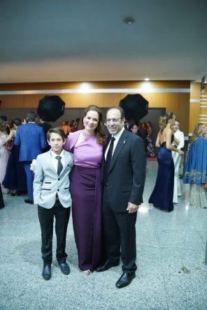 240519 Graduacion del Colegio del Bosque. Centro de Convenciones Santa Fe. Jeronimo Slim, Ximena Serrano y Marco Antonio Slim Fotos : Heptor Arjona