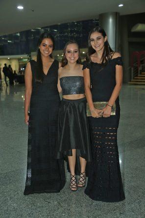 Andrea Gómez, Viridiana Sánchez y Sofía Monroy.