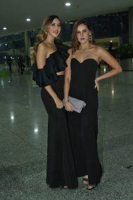 Alexa y Paulina Bellizzia.