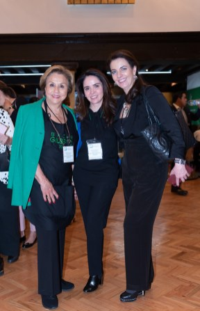 Chayo Gómez de Sandoval, Rosita Aguirre, Sofía Kabal