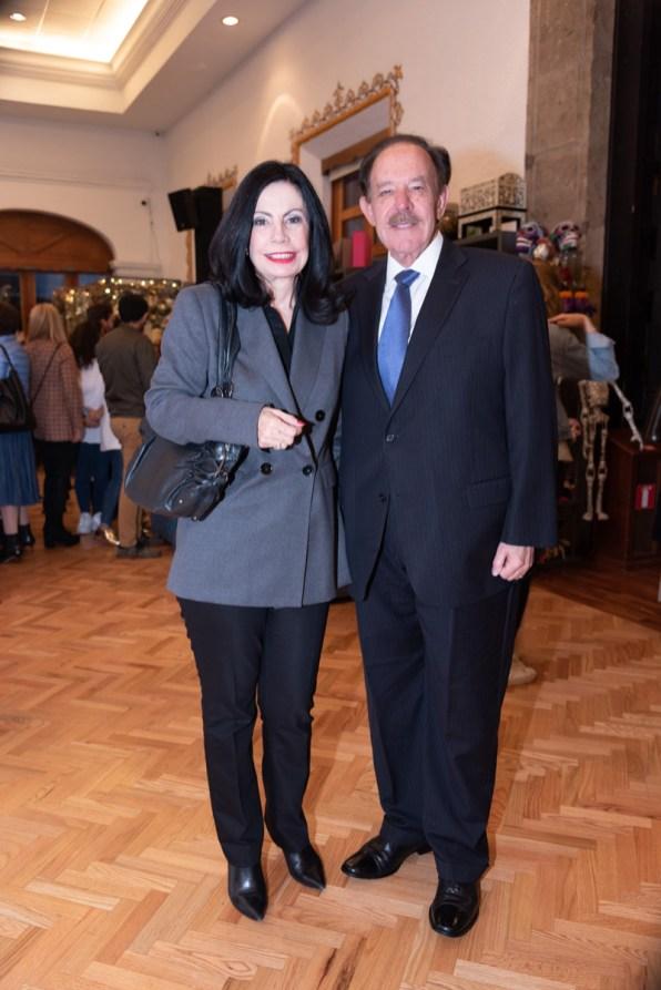 Patricia Autrey, Carlos Autrey
