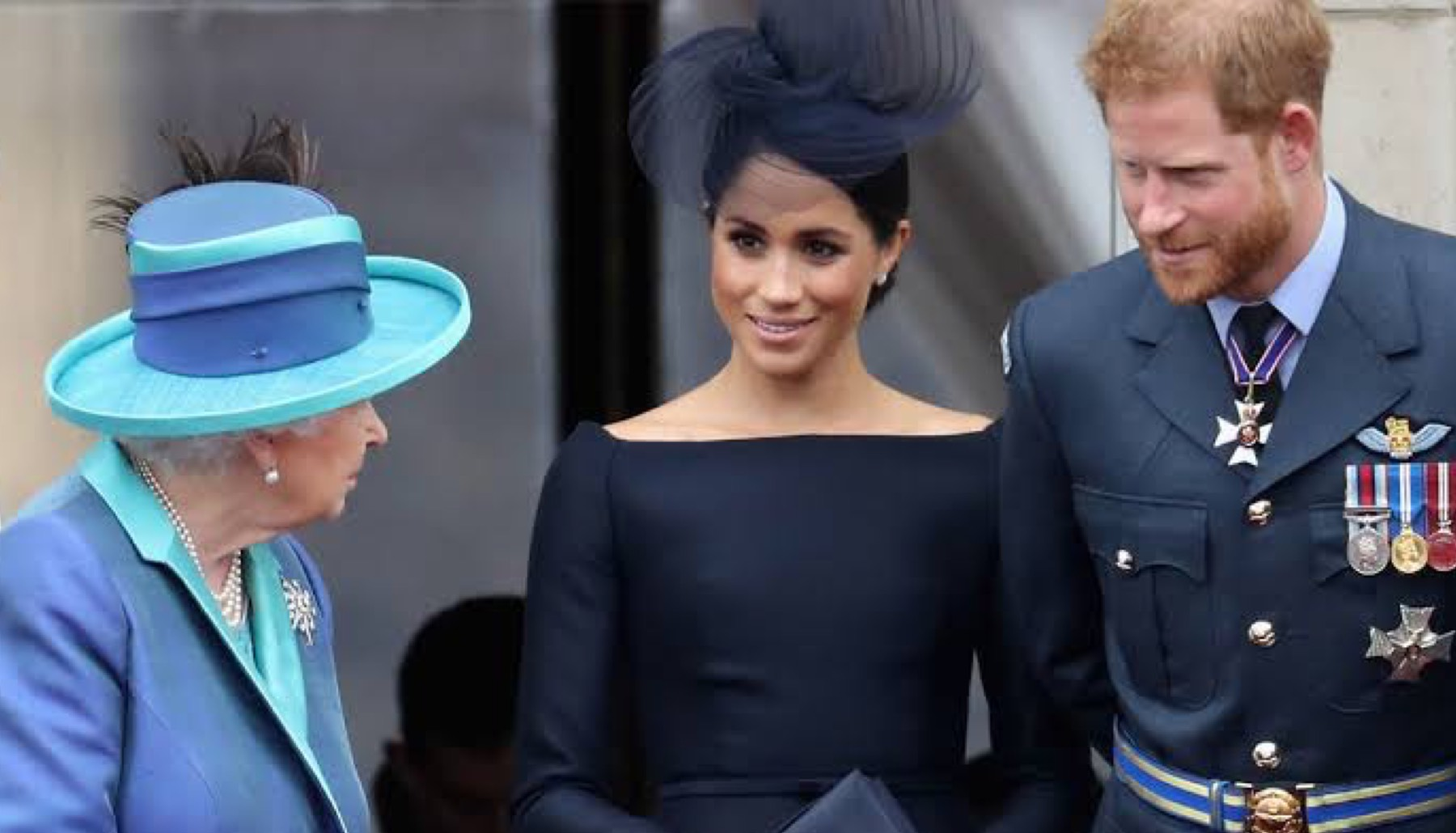 Reina Isabel, Meghan y Harry