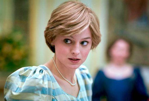 Emma Corrin de The Crown