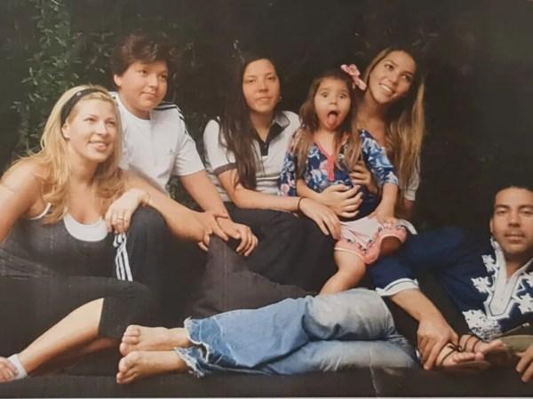 Beatriz Pasquel y Pablo Moctezuma con sus hijos