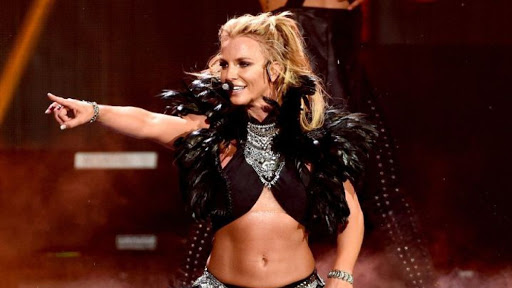Britney-Spears-cantando