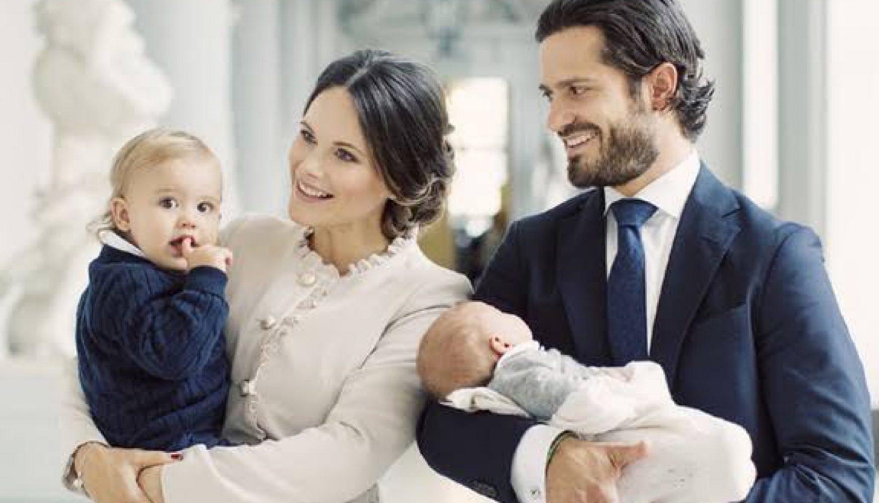 Carlos Felipe y Sofía de Suecia con sus hijos Alejandro y Gabriel