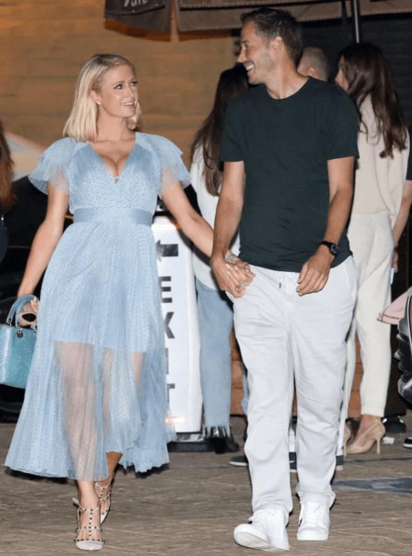 Paris Hilton y su prometido Carter Reum