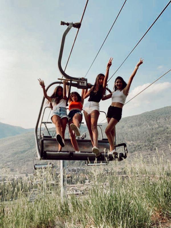 Maria Bosch, Camila Gremion, Malka Derechin Dondé y Ainhoa Dibildox