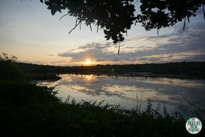 Foto de Puesta de sol en la laguna salada camino a Las Grietas