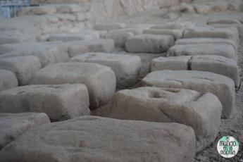 Ladrillos de adobe originales en la Huaca de la Luna