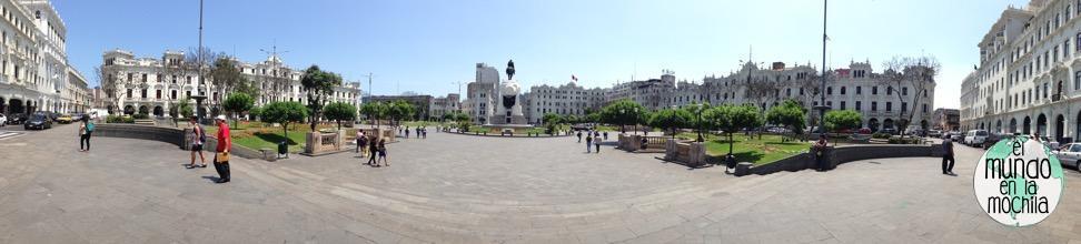 foto panorámica de la Plaza Mayor en Lima Perú