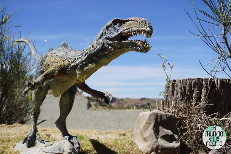 dinosaurio-parque-cretacico-sucre