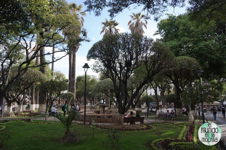 plaza-25-de-mayo-sucre