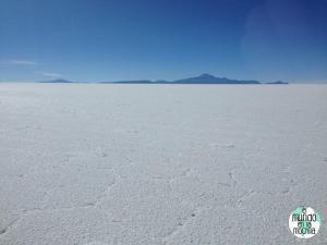 salar-de-uyuni-bolivia-grietas-sal
