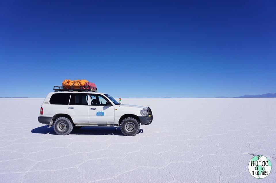 salar-de-uyuni-bolivia-todoterreno-toyota-land-cruiser