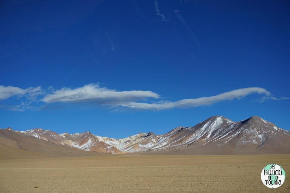 salar de uyuni reserva eduardo avaroa montañas paisaje
