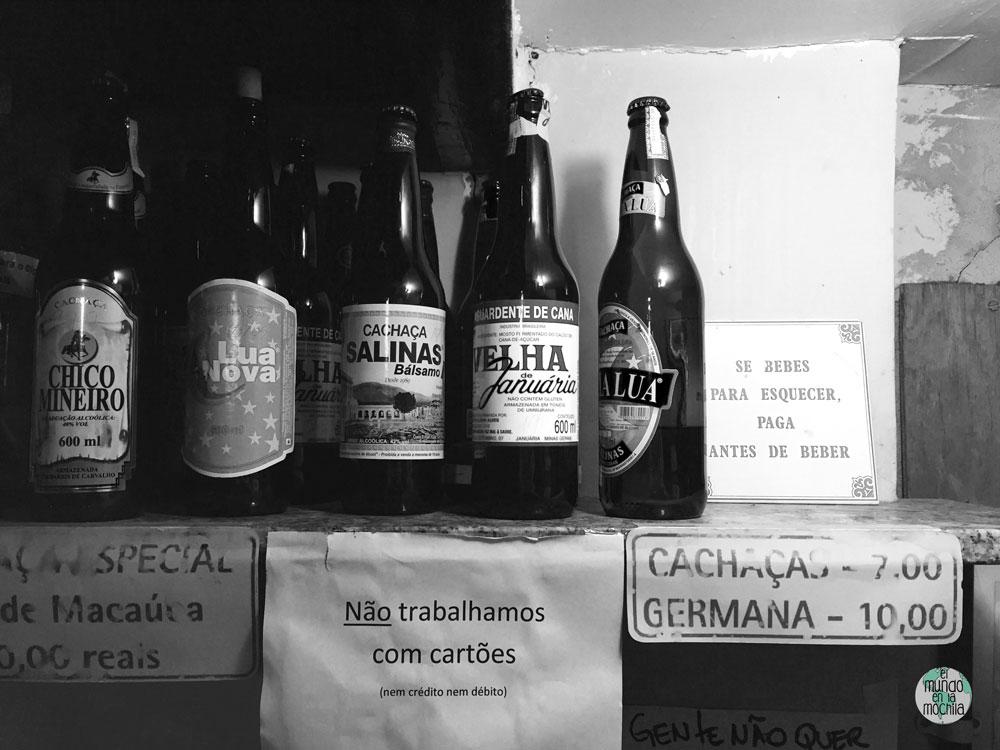 Botellas de cerveza en el Bip Bip de Rio de Janeiro