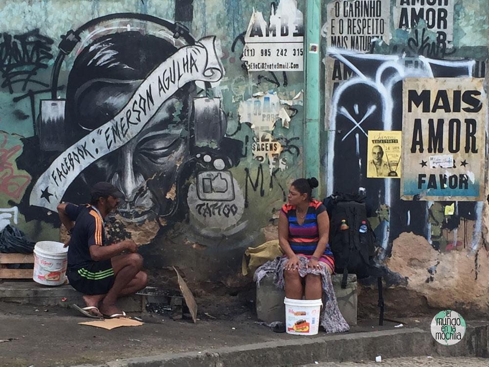 La pobreza de las calles del centro histórico de Rio de Janeiro
